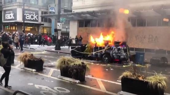 Multiple Seattle Police Vehicles Set On Fire Destroyed Amid Protests